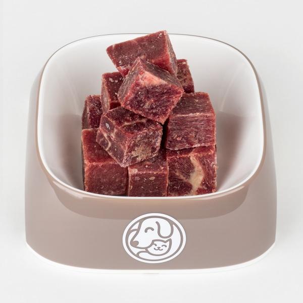 Мясо говяжье жилованное в миске